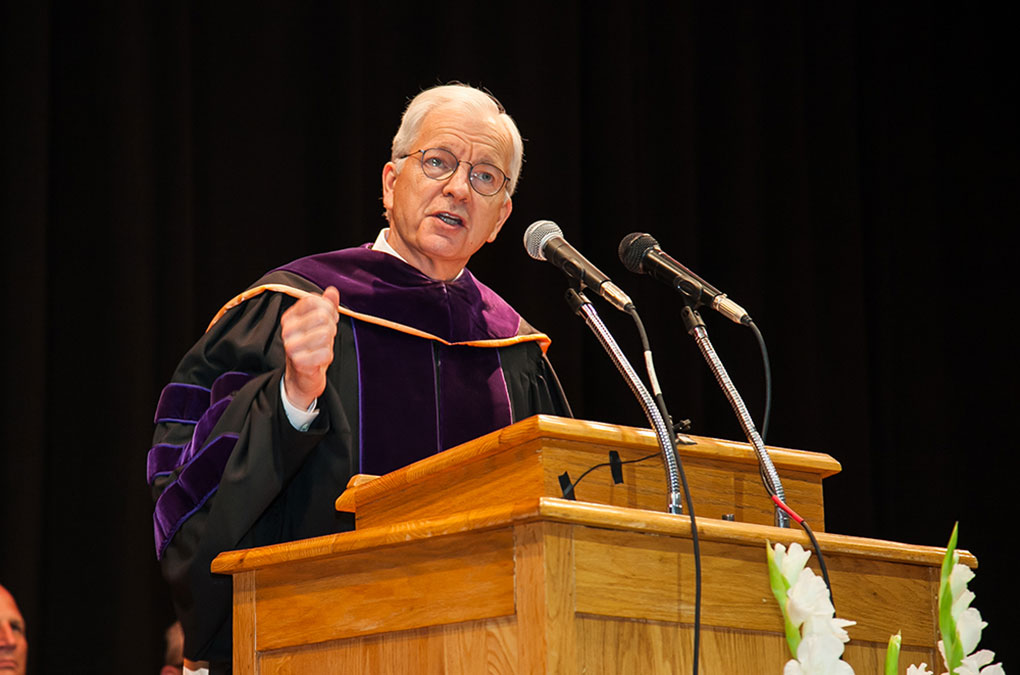 Randolph-Macon College President Robert Lindgren spoke to the students about living by gratitude.